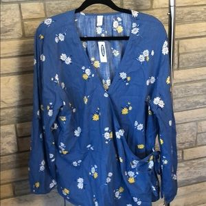 Old navy blue floral cross over tie blouse